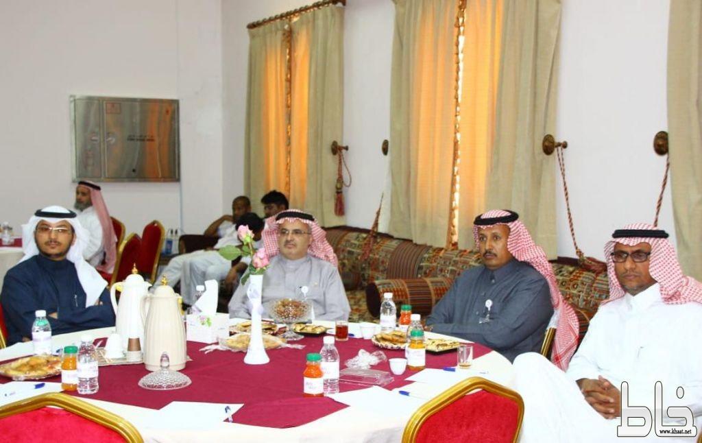 مدير عام العمل والتنمية الاجتماعية بعسير يدشن الحملة الخليجية للتوعية  بالسرطان