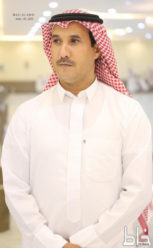 محمد يضئ منزل الأستاذ حسن العمري