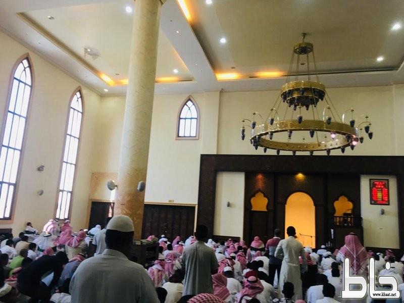 """انهيار يهدّد جامع مستشفى المجاردة .. وعد من """"الصحة"""" و""""الإسلامية"""" تعتذر!"""