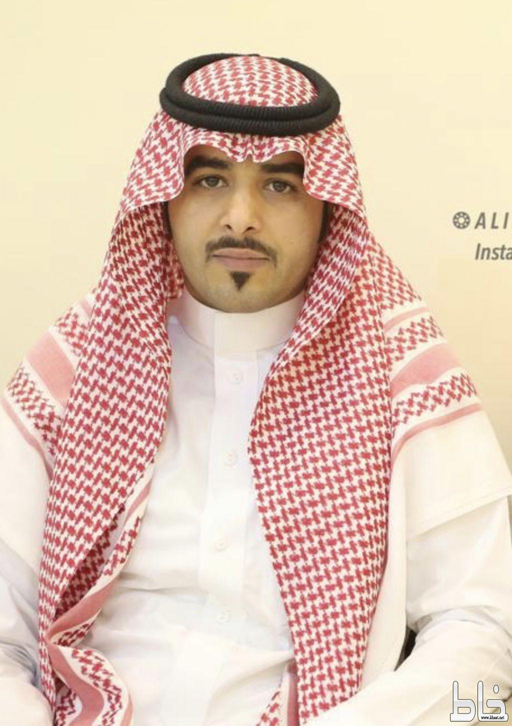 محمد يضئ منزل الاستاذ عوض سالم آل دبج