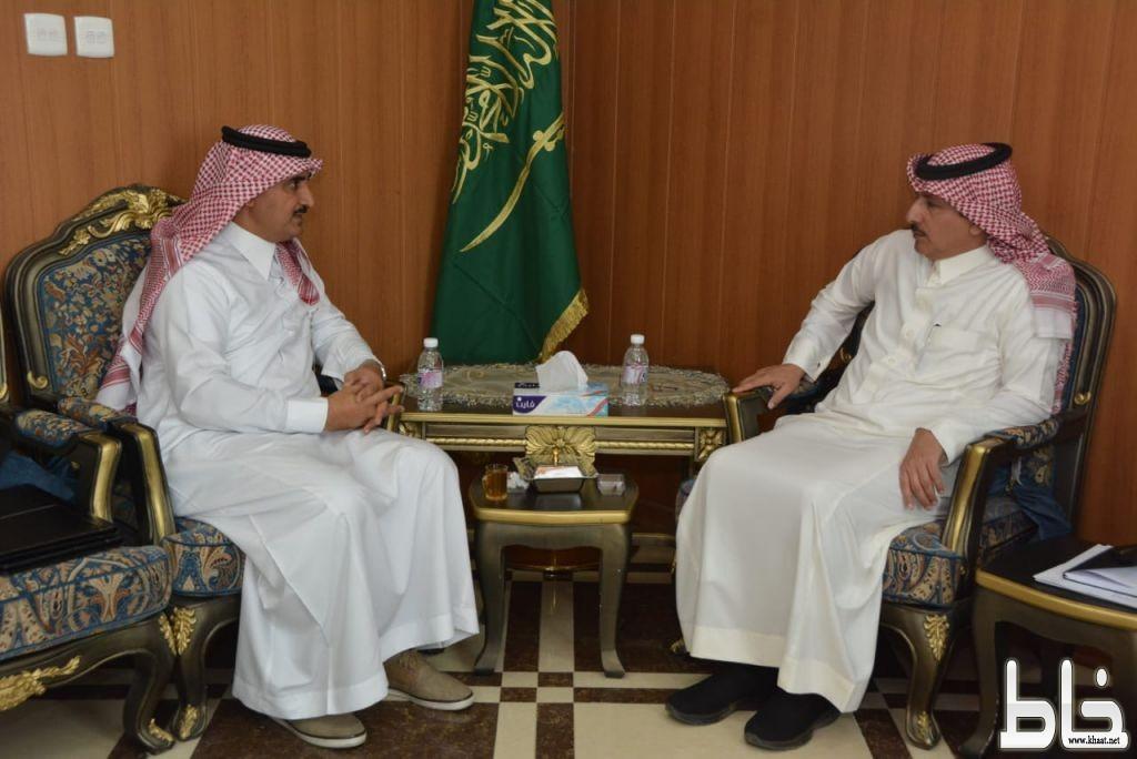 محافظ محايل يستقبل مدير شركة الاتصالات السعودية بعسير