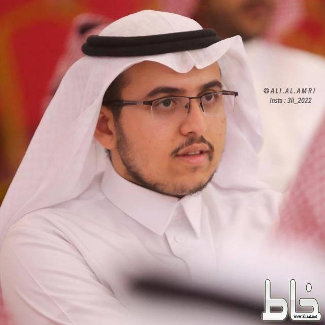 المهندس معاذ العمري يحتفل بتخرجه وتعيينه
