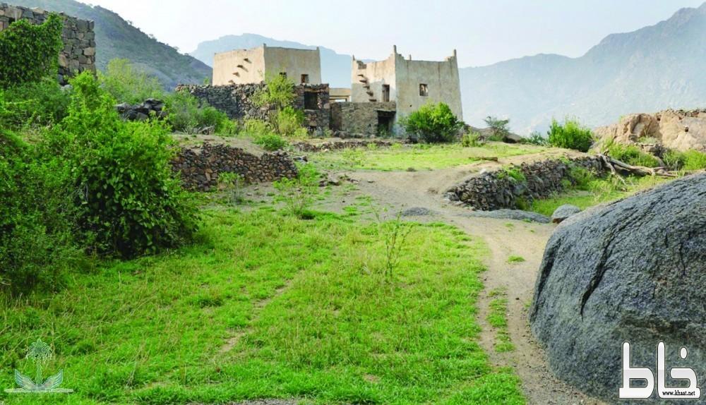 ثلاث قرى في مركز خاط تعاني من مماطلة بلدية المجاردة والنقل والمواصلات