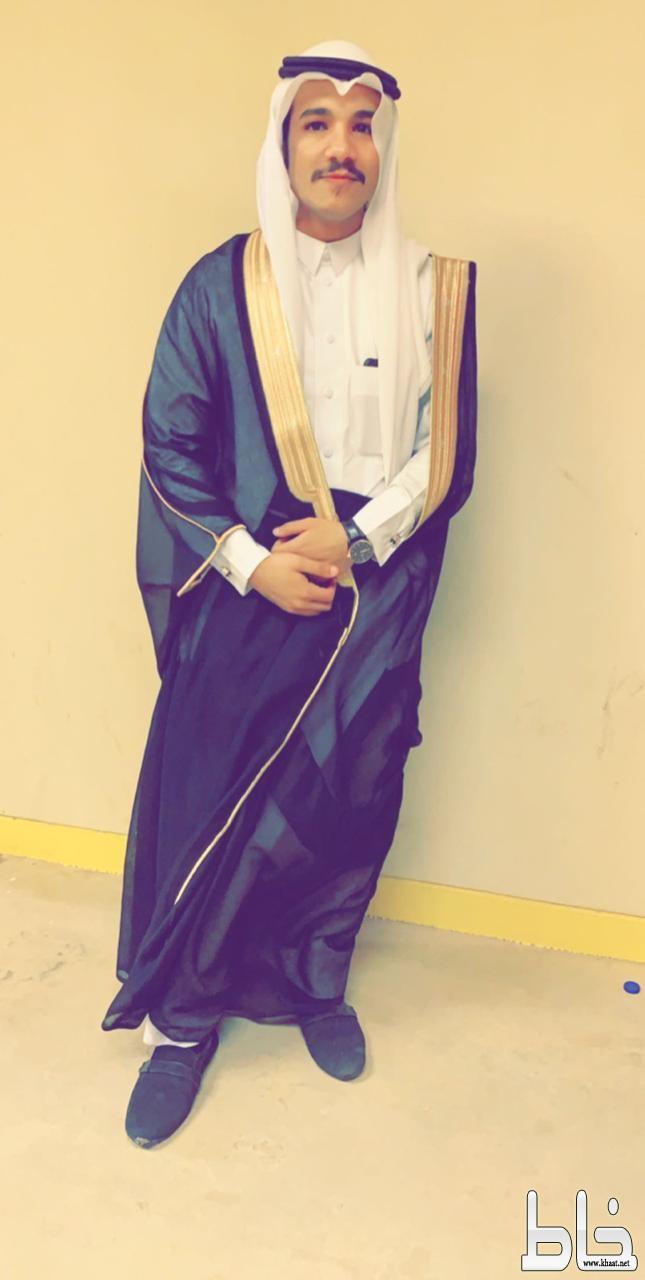 المهندس عبدالرحمن الصميدي يحتفل بتخرجه من جامعة تبوك
