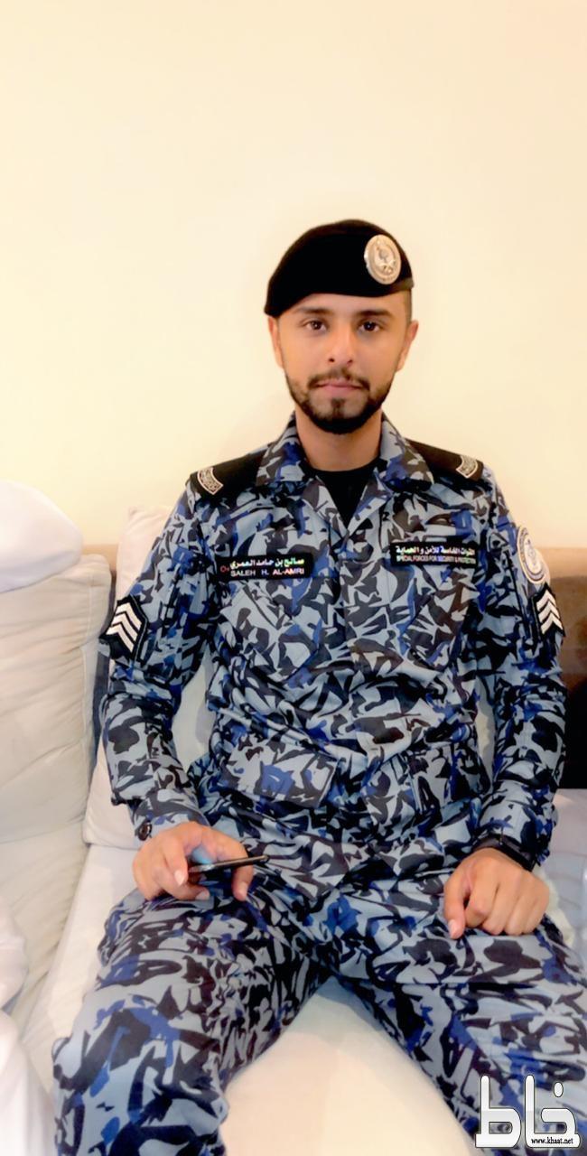 الوكيل رقيب صالح العمري يحتفل بتخرجه من الكلية الأمنية