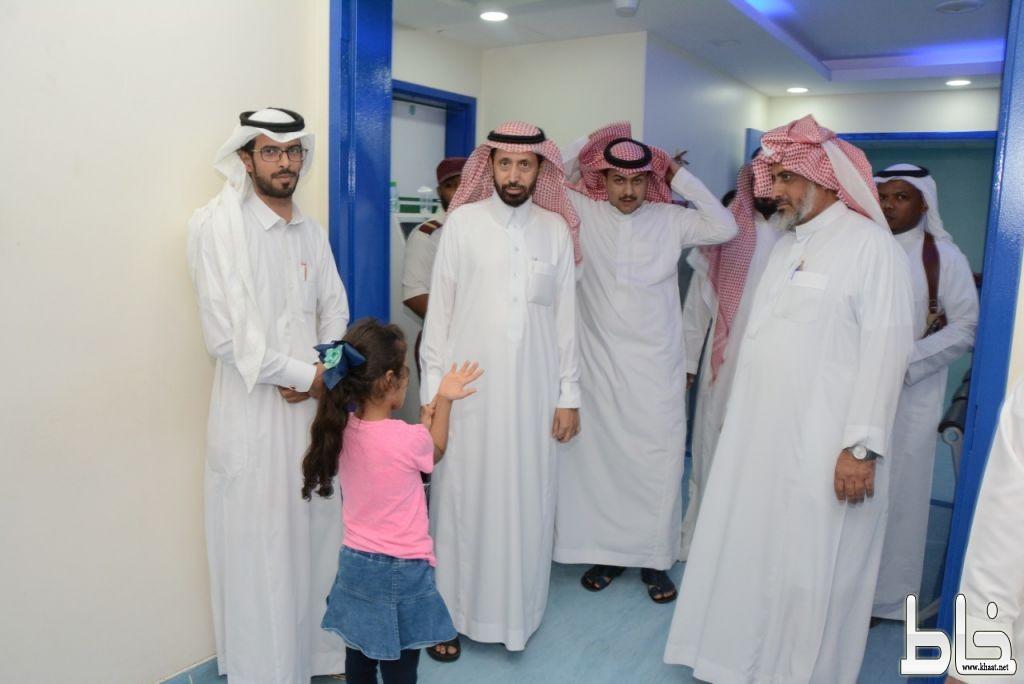 محافظ محايل المكلف يتفقد مستشفى المحافظة العام ..