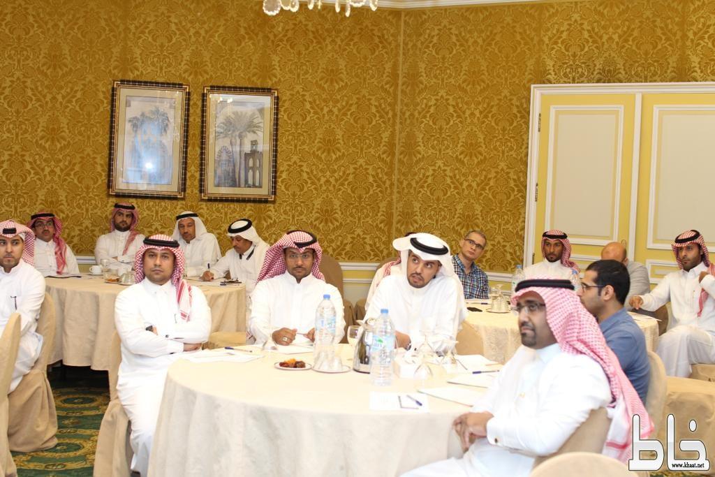 مجلس إدارة مؤتمر علم الصيدلة والسموم بالمنطقة الشرقية ينظم لقاء للأعضاء