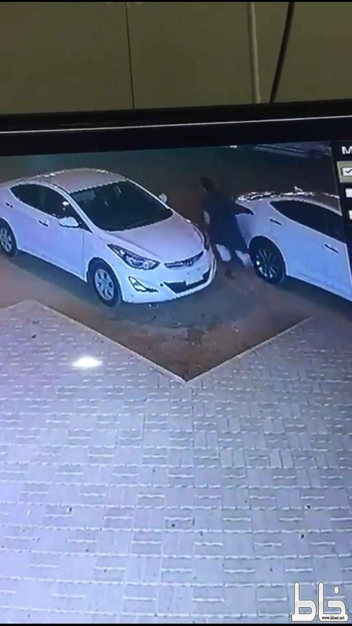 سرقة سيارة ودهس صاحبها