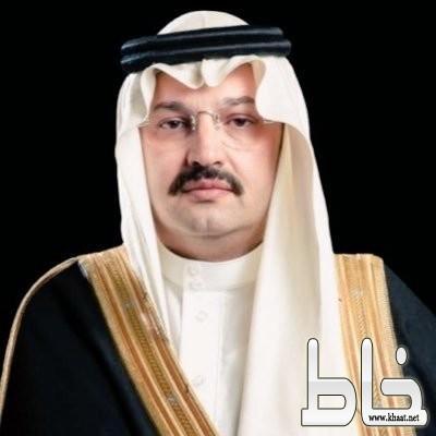أمير عسير يوجه بإنهاء إجراءات تسليم منح الأراضي لذوي الشهداء والمصابين