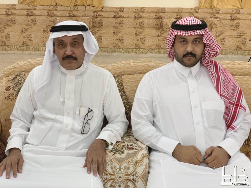 """الاستاذ أحمد محمد """" بن بله """" يحتفل بقران ابنه عايض"""