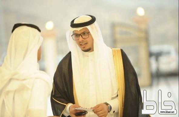 الشاب علي محمد الشهري يحتفل بزواجه