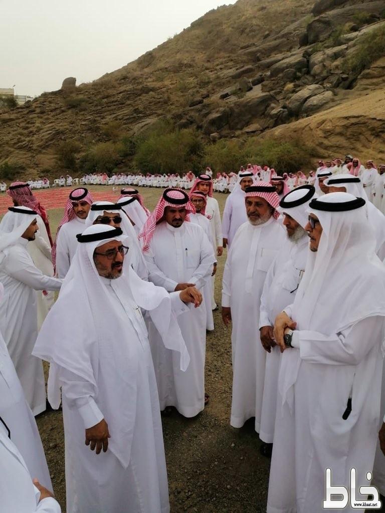 آل شريم والعمري ومنسوبو مدرسة الملك عبدالله بخاط يعزون أولياء أمور ضحايا الحادث المروري