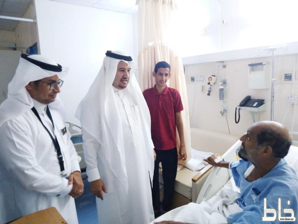 ابن دلبوح يستقبل المهنئين بعيد الأضحى المبارك ويعايد المرضى بمستشفى المجاردة العام ويزور السجن العام