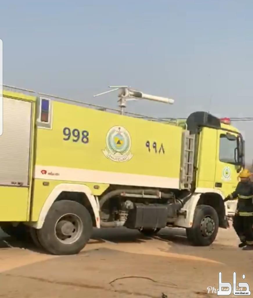 مواطن يستعين بصهريج مياه لإطفاء حريق اندلع بمنزله في أحد ثربان