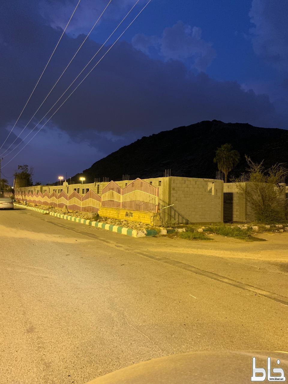 سكان مركز خاط يتذمرون من إغلاق أقدم منتزه بالمحافظة