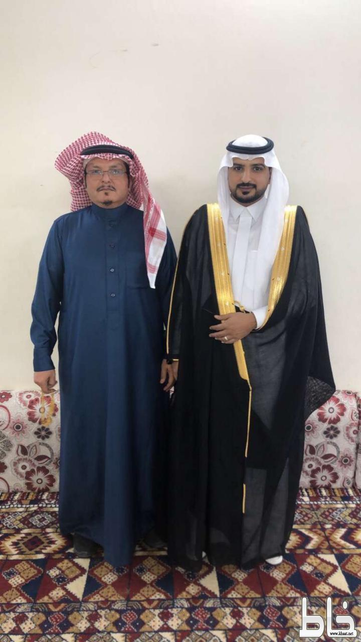 علي محمد رفيع العمري يحتفل بعقد قرانه