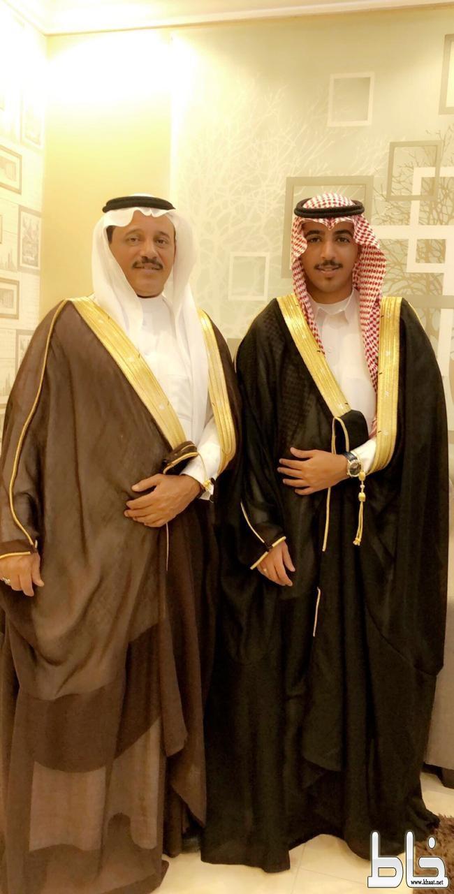 سلطان فهد زارع العمري يحصل على بكالوريوس اللغة الانجليزية من جامعة بيشه