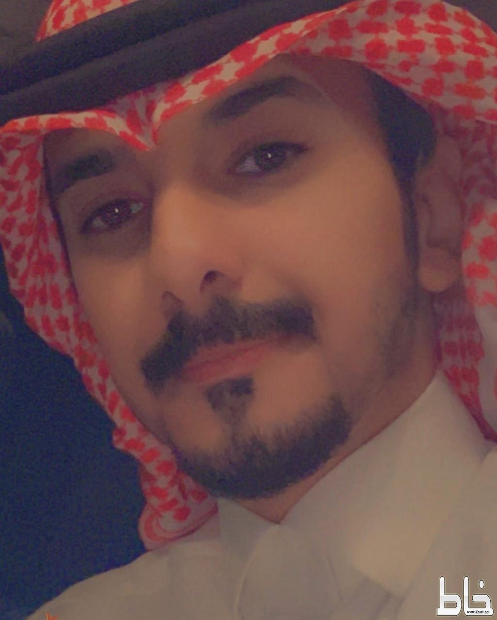 حسن علي ابونقطة يحصل على البكالوريوس في اللغة الانجليزية من جامعة الملك فيصل