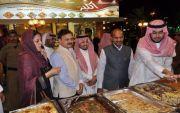 السفير الهندي ضيف على مهرجان أبها للتسوق 1437 ـ 2016