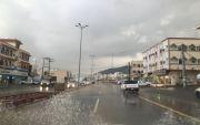 بالصور : أمطار غزيرة على محافظة المجاردة