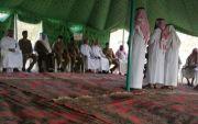 محافظ #بارق يتقدم المصلين على جثمان الشهيد حسن البارقي