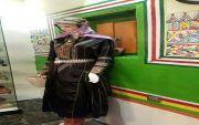 أكثر من 150 سيدة عسيرية يعيدن طقوس الأعراس ويمهدن لحفلات تراثية