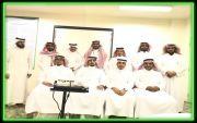 قائد مدرسة الملك عبدالله بخاط يقدم دورة تدريبية في التعلم النشط باستخدام التدريس التبادلي