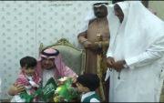 اطفال روضة التنمية بمحايل يجددون الولاء لخادم الحرمين الشريفين