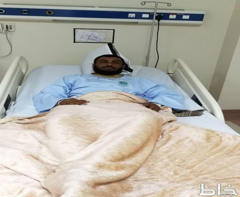 البطل علي حسين العمري يتعرض للاصابة بالحد الجنوبي ..
