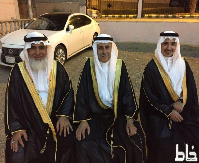عبدالعزيز القرني يحتفل بزواجه