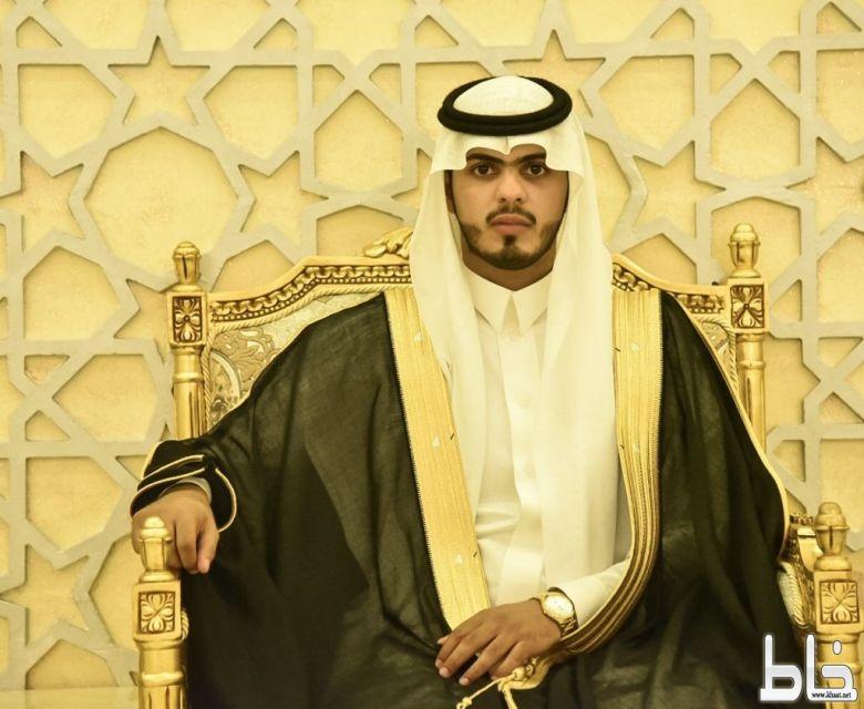 الاعلامي علي بن مرحل يحتفل بزواجه بقاعة الدانة