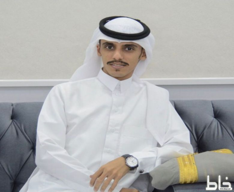 طارق عبدالله يحتفل بتخرجه من جامعة ام القرى