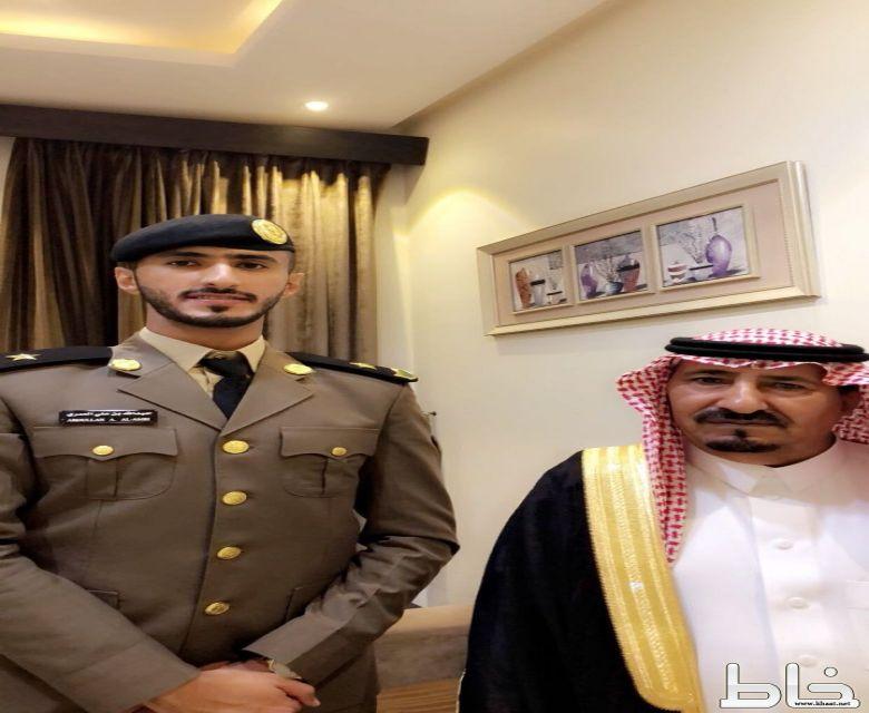 العقيد علي العمري يحتفل بتخرج نجله الملازم عبدالله