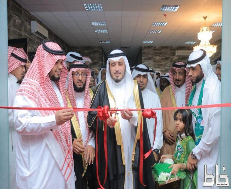 البناوي يفتتح معرض وطن الشموخ الفوتوغرافي و يستمر لـ5 أيام مقبلة