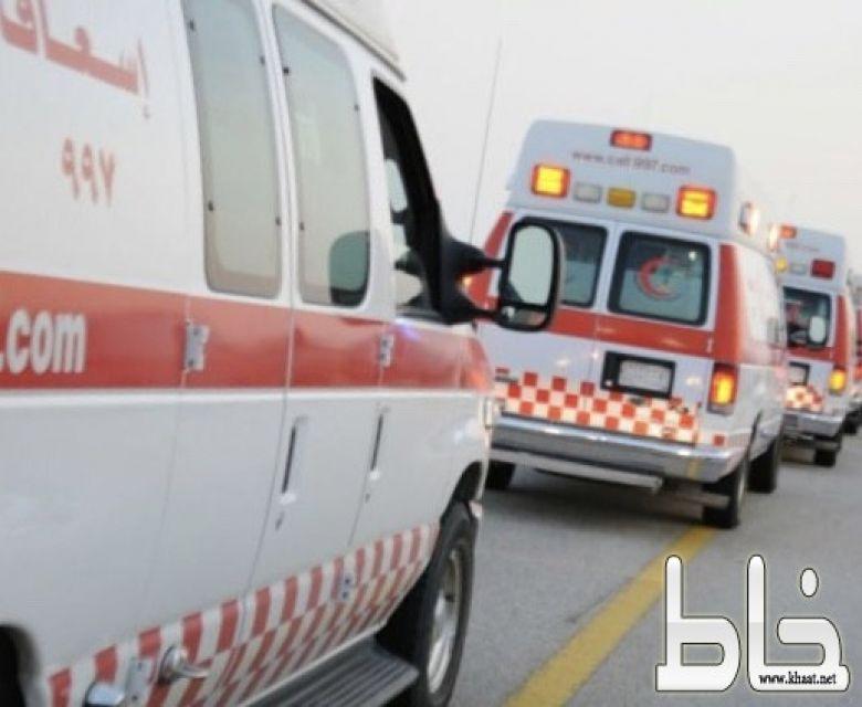 حادث لحافلة تنقل 11 طالبة على طريق الشهداء بالمجاردة