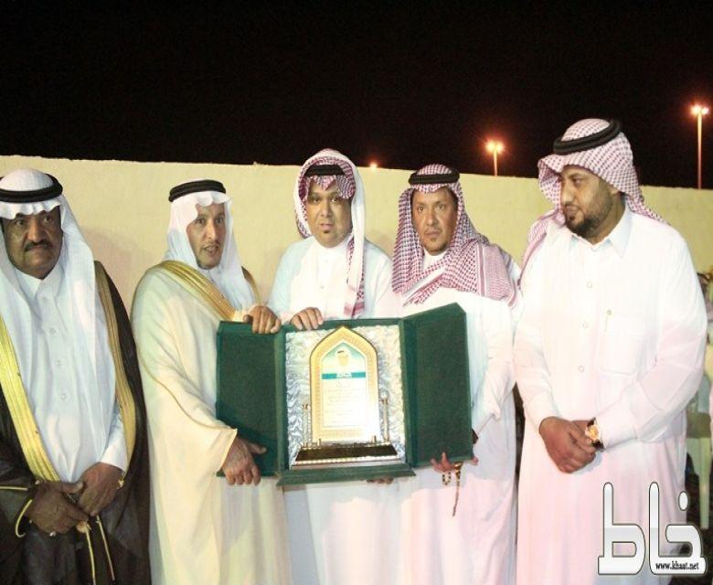 ابن هشبل شيخ بني بجاد شهران في ضيافة السيد سعيد ناصر البارقي