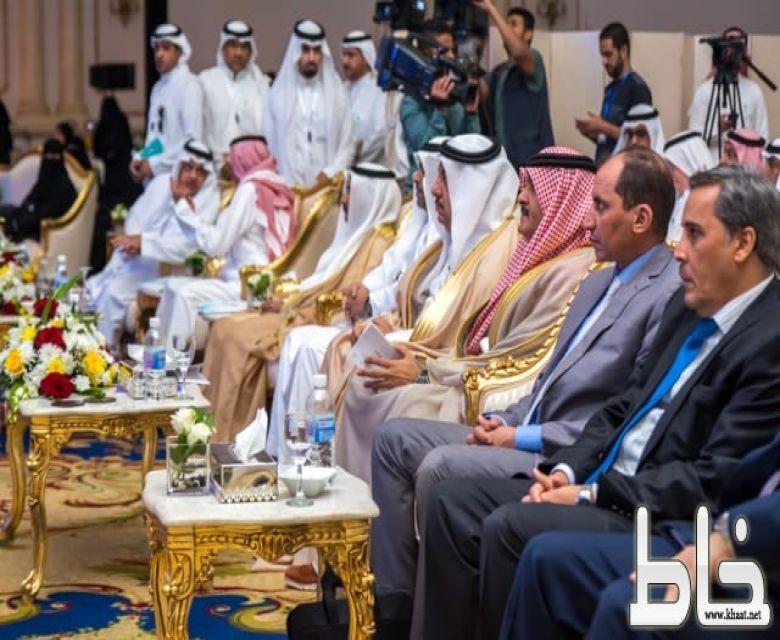 العاصمي يدشن أولمبياد الرياضيات العربي في جدة