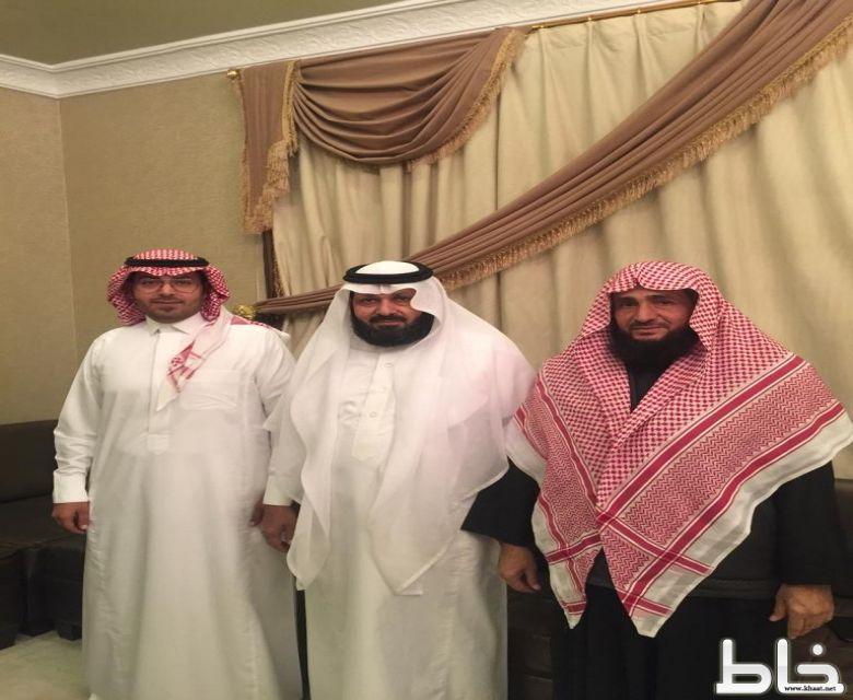 الاستاذ فهد الشهري يحتفل بعقد قِرآنه