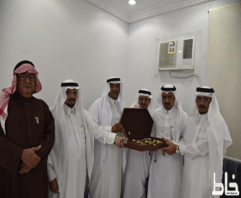 بالصور .. ال ضاوي يحتفلون بتنصيب الاستاذ محمد سليمان وجهآ لهم