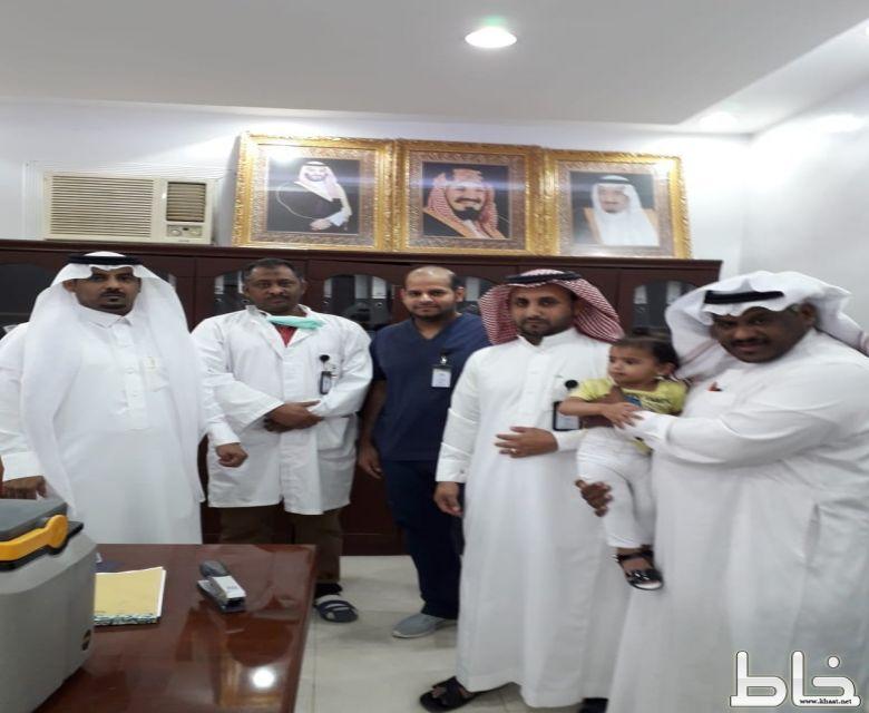 رئيس مركز خاط  يدشن حملة التطعيم ضد شلل الأطفال