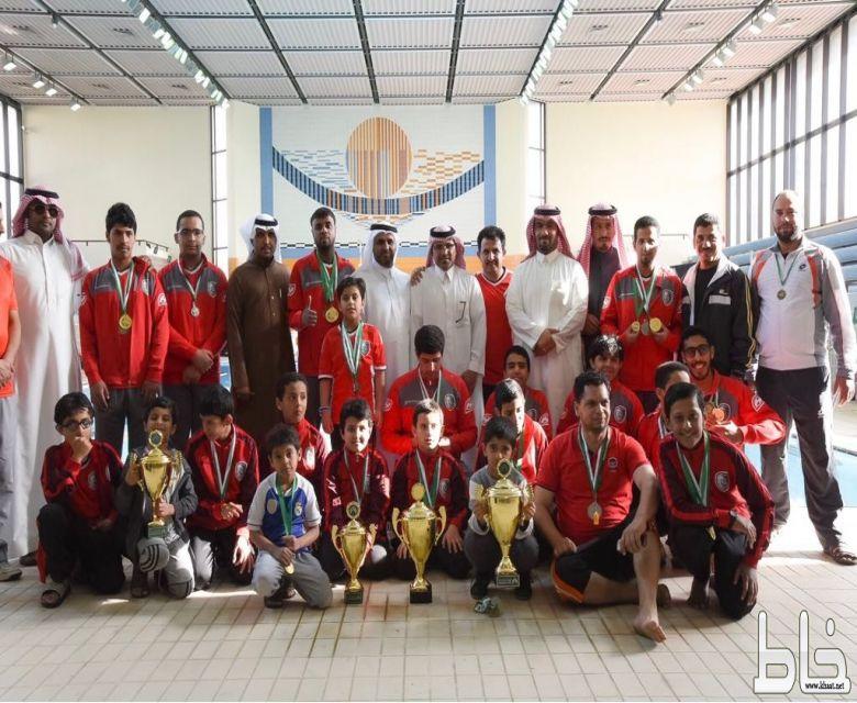فريق السباحة بالفاروق يواصل استعداداته لبطولة المنطقة