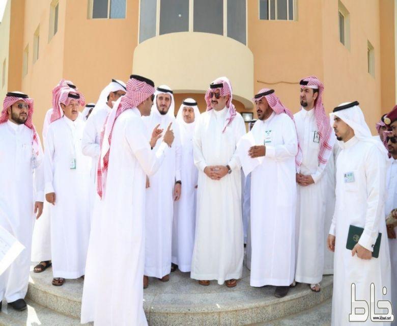 أمير عسير يقف على احتياجات أهالي محافظة بارق