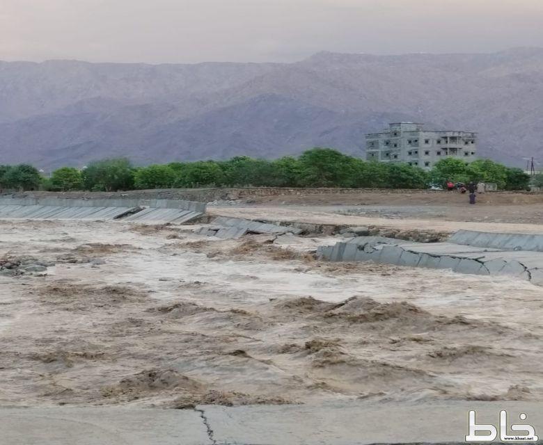 أهالي «حي المروه بمركز خاط » يطالبون بلدية المجاردة باستكمال مشروع الطريق الذي فشل في اول امتحان