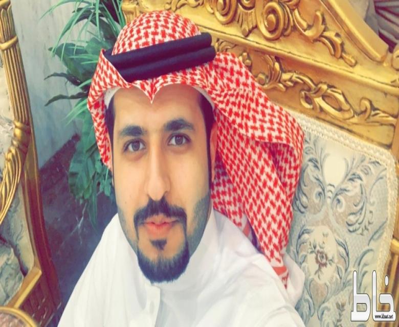 المهندس عمر مسفر الغامدي يحتفل بعقد قرآنه .