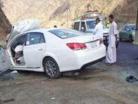 بالصور..وفاة وثلاث إصابات خطيرة بحادث مربه