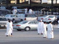 المرور: منح معارض السيارات صلاحية إصدار اللوحات المرورية