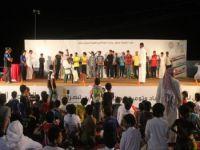 شباب يعلنون توبتهم على يد العسيري في ختام ملتقى الشباب