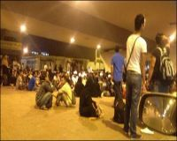 بالصور :تجمهر وافدين من جنسيات متعددة في شارع فلسطين بجدة