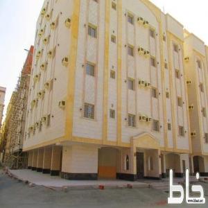 للبيع عمارة في جدة مكونة من 20 شقة