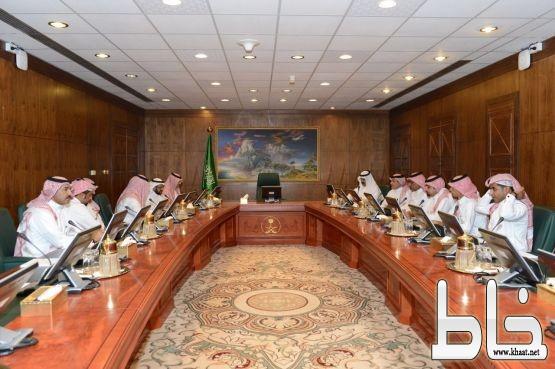 مركز إعلامي دائم يواكب مناسبة اختيار مدينة أبها عاصمة السياحة العربية ٢٠١٧ م